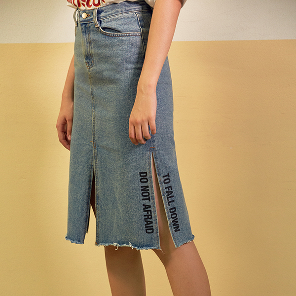 (SK-0006)SLIT SKIRT LIGHT BLUE