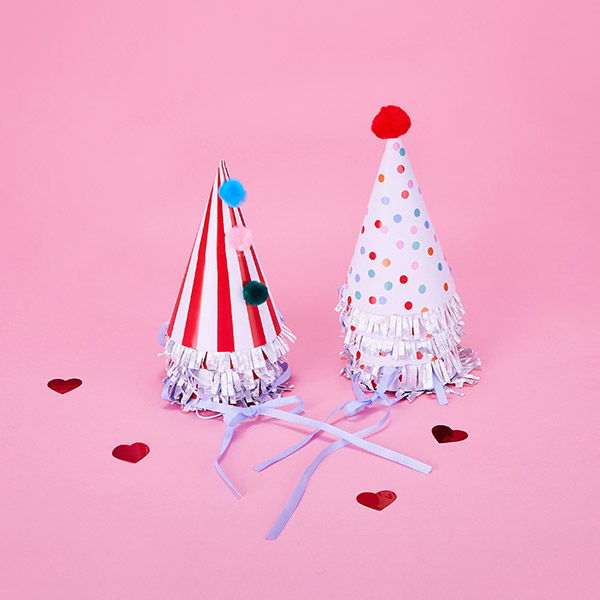(LV-18713) PARTY HATS MULTI