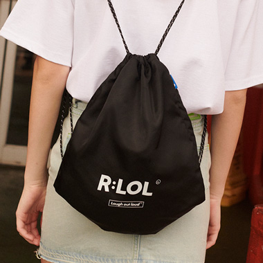 (BG-19309) R:LOL LOGO POUCH BAG BLACK