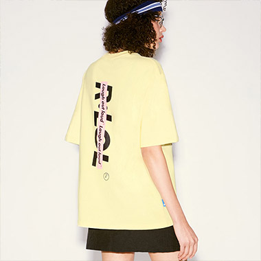 (TS-20303) R:LOL VERTICAL LOGO T-SHIRT YELLOW