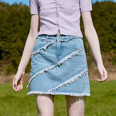 (SK-20347) CUTOFF FRINGE DENIM SKIRT LIGHT BLUE