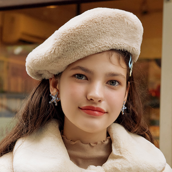 (CH-19704) FAKE FUR BERET CREAM