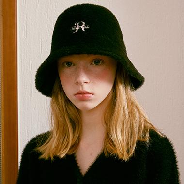 (CH-20703) FLUFFY BUCKET HAT BLACK